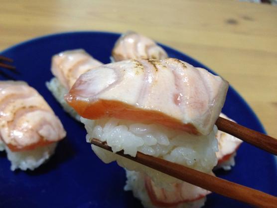 バーナー炙りでいつものレシピが簡単に本格料理へ!イワタニ(Iwatani)ガスバーナー