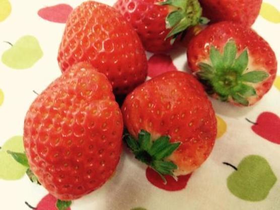 赤ちゃんの離乳食 イチゴ(苺・いちご)はいつから大丈夫?※ビタミンCと鉄分