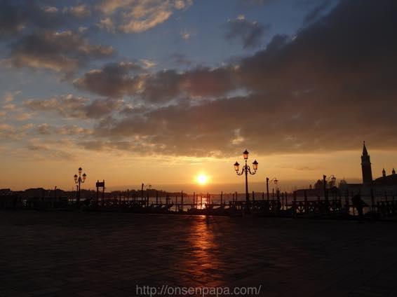 イタリア新婚旅行 ヴェネツィア(ベネチア)の朝はプライスレス