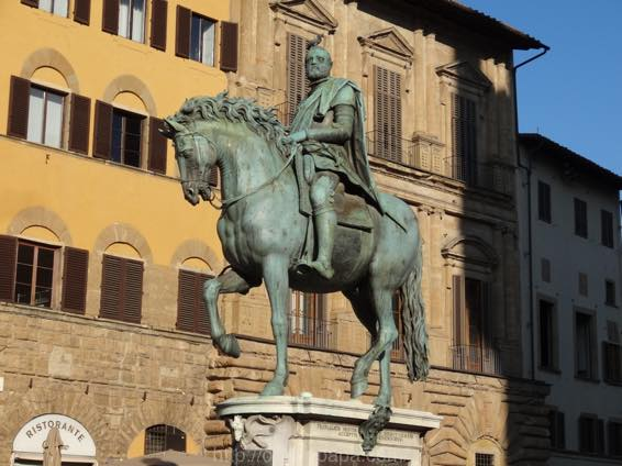イタリア新婚旅行 フィレンツェ 天井のない美術館「シニョーリア広場」