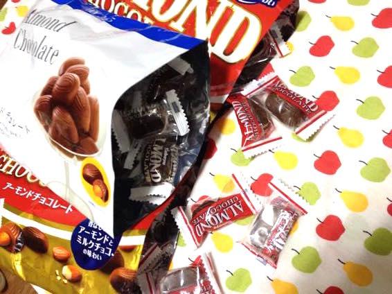 カバヤ アーモンドチョコレート コスモス IMG 2055