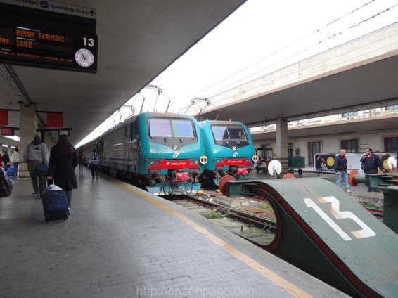 フィレンツェ ローマ 移動 DSC01702