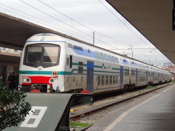 フィレンツェ ローマ 移動 DSC01713