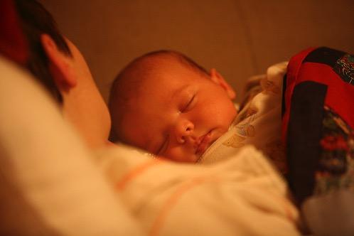 新生児(赤ちゃん)の鼻づまりは病院?