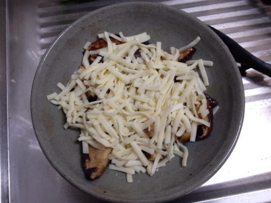 しいたけ チーズ レシピIMG 7113