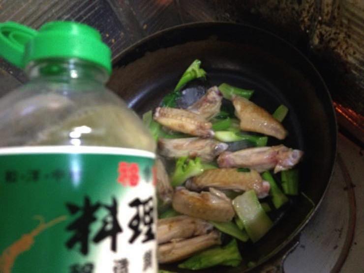 ブロッコリーの茎 食べ方1IMG 9749