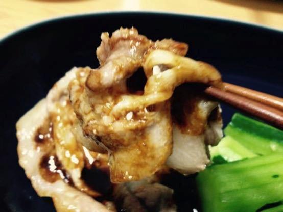 ビールに合うかんたんレシピ!蒸し豚ときゅうりの甜麺醤ソース!