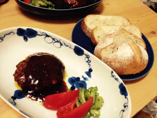 マツコも絶賛!セブンイレブン 金のハンバーグでたまには手抜きレシピな夕食を!