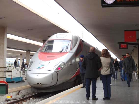 フィレンツェ ローマ 移動 DSC01716