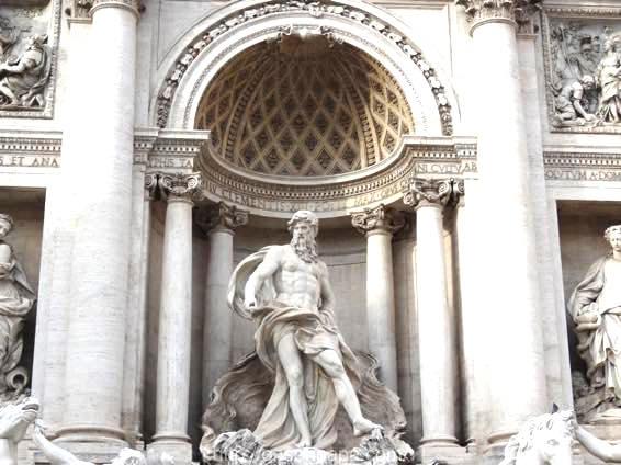 トレヴィの泉 ローマ 新婚旅行 01822