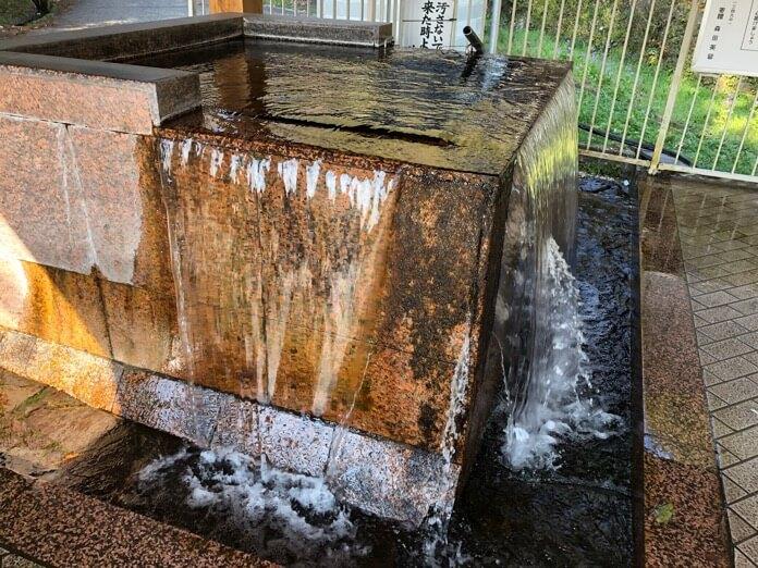 水の駅 おづる 湧水  IMG 3005